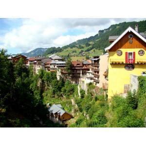Découverte du village de Flumet. Savoie Mont Blanc Tourisme/Raih