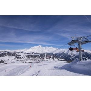 Sortie de ski en bus aux Saisies. ©Savoie Mont Blanc/Bijasson
